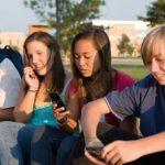 teenagers mobile addiction 600x338 1 - HiideeMedia