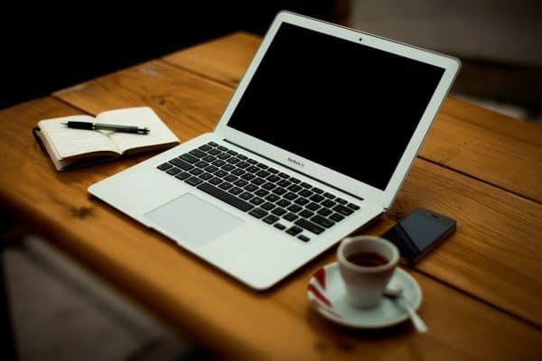Apple Macbook Air techblogng