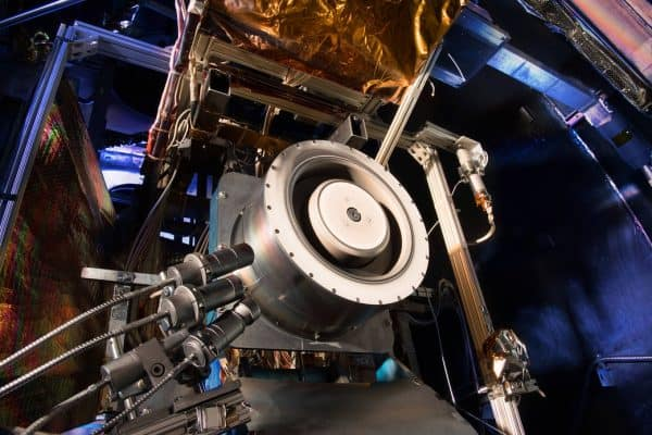 NASA Poised To Beam Internet into Deep Space