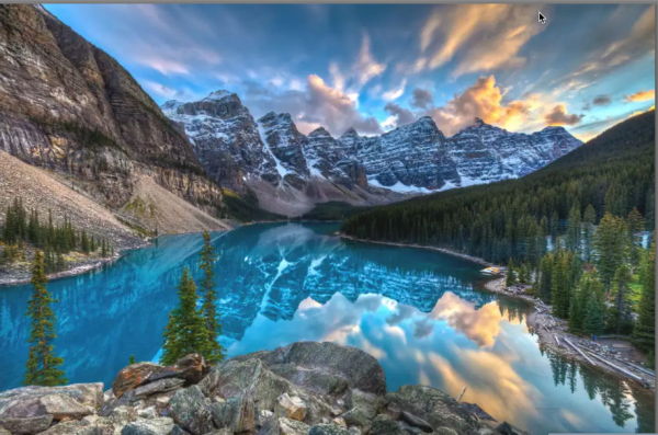 The Banff National Park 600x397 - Top Beautiful Places in Canada for Holiday Sessions