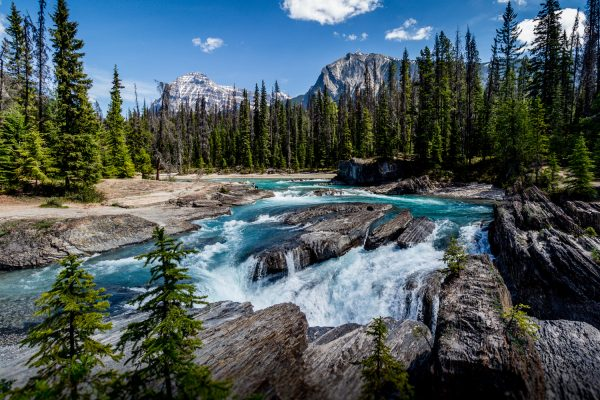 The Yoho National Park 600x400 - Top Beautiful Places in Canada for Holiday Sessions
