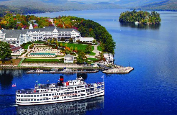Lake George New York 600x390 - Explore North America's Stunning Lake Towns