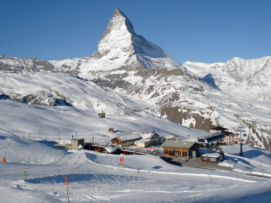Ski on the Slopes Zermatt - HiideeMedia