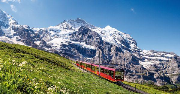 Trip at Jungfrau Station - HiideeMedia