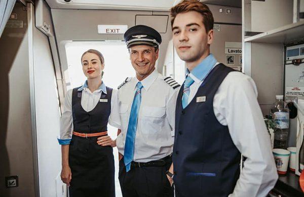 flight attendants jobs for travelers