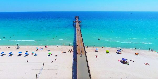 BEACH AT PANAMA CITY 600x300 1 - Top Best Beaches in the U.S.A. to Visit
