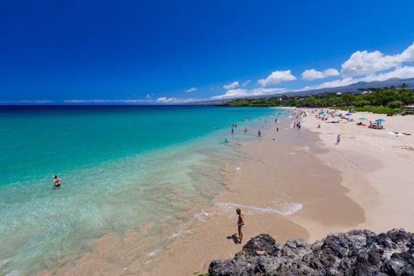 HAPUNA BEACH 600x400 1 - Top Best Beaches in the U.S.A. to Visit