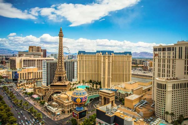 Paris Hotel and the Eiffel Tower - Las Vegas Attractions
